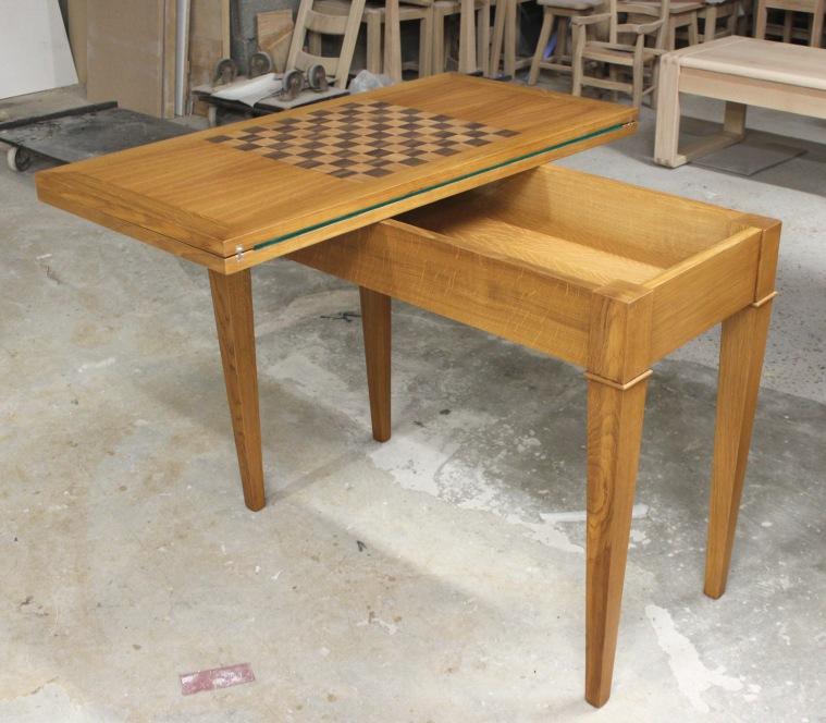Table a jeux sur mesure meubles detallante